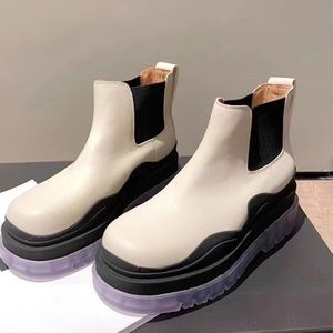 BRAND NEW PLATFORM ANKLE BOOTS